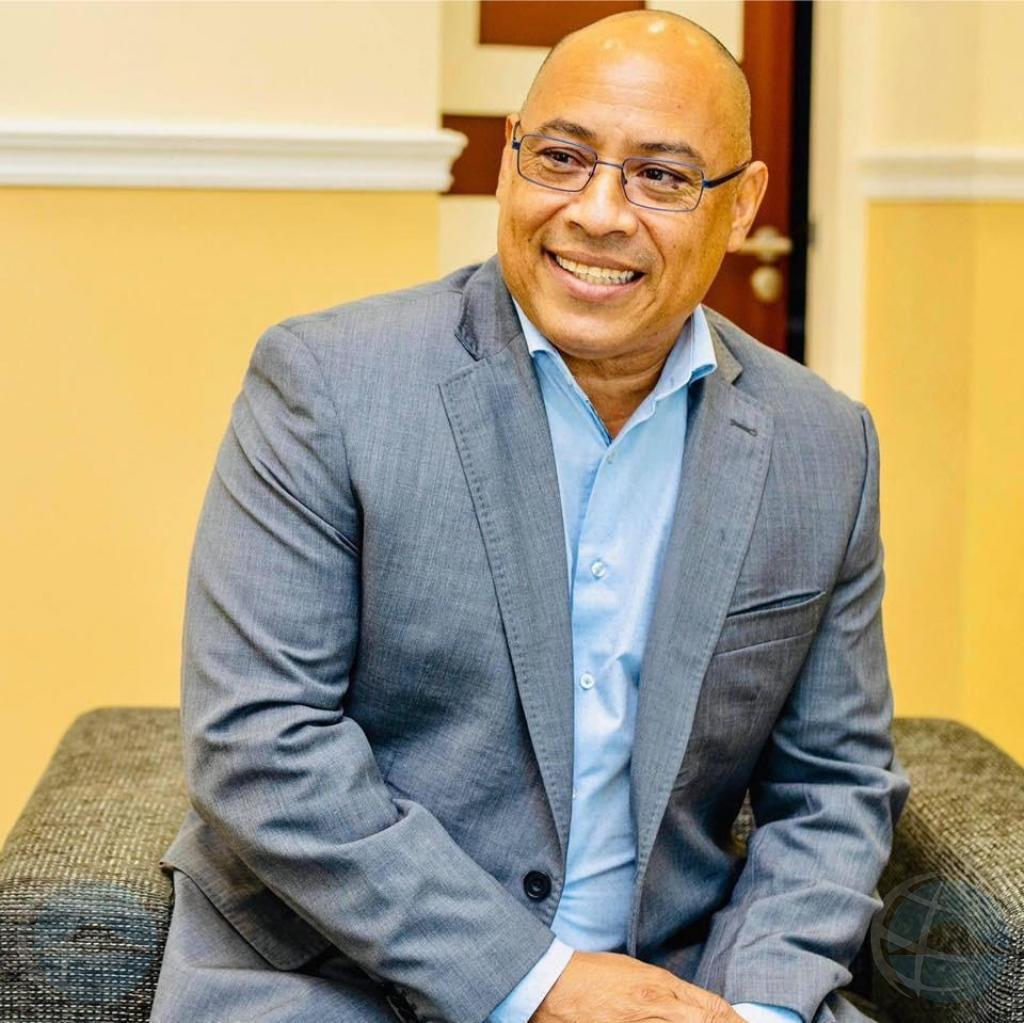 Diputado di Bonaire ta retira temporal pa regla asunto di divorcio