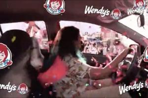 Wendys Aruba a saca ganador di auto nobo di nan Loyalty Campaign