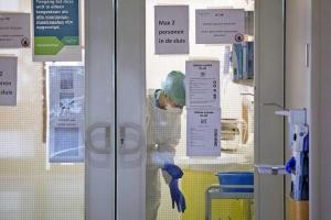 Menos caso positivo pero mas pashent hospitalis pa Covid19 na Hulanda