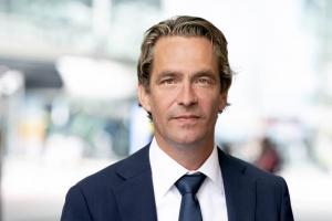Bas van 't Wout a reemplasa Eric Wiebes como minister di Economia na Hulanda