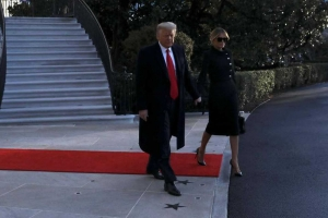 Donald trump a bandona Cas Blanco pa di ultimo biaha