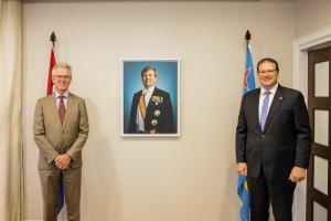 Gobernador di Aruba a reuni cu embahador di Reino pa Colombia