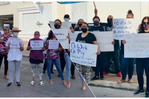 Dos protesta  awe mainta dilanti di Bestuurskantoor