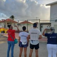 Pareha local ta core Int'l half marathon dedica na Stichting Hunga Teca