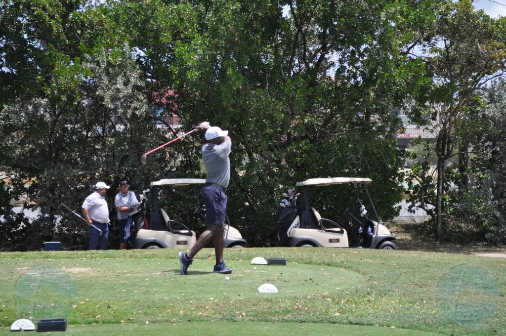 Kiwanis Cub of Aruba a tene torneo di golf di como recaudacion di fondo