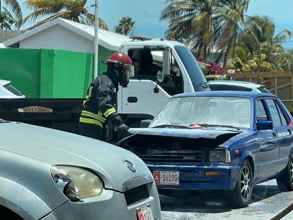 Auto a pega candela na Wayaca awe mainta