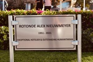 Rontonde na Alhambra a bira Rotonde Alex Nieumeyer