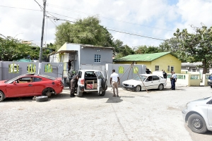 Na Corsou: Dos homber detene pa menasa y tiroteo ku a tuma luga na Blanquillaweg y Haitiweg