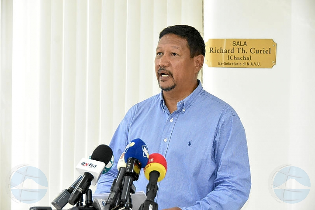 Na Corsou: Segun Ramon Chong, carta di ex trahadonan CBA ta pa e no bira minister