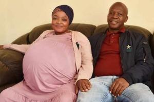 Señora Sur Africano ta duna luz na 10 baby y kibra record mundial