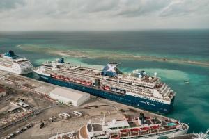 Celebrity Millennium a dicidi di bolbe Aruba e siman aki mes!!