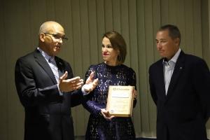 Gobernador di Kiwanis EC&C a honra miembronan di Crisis Team di Aruba