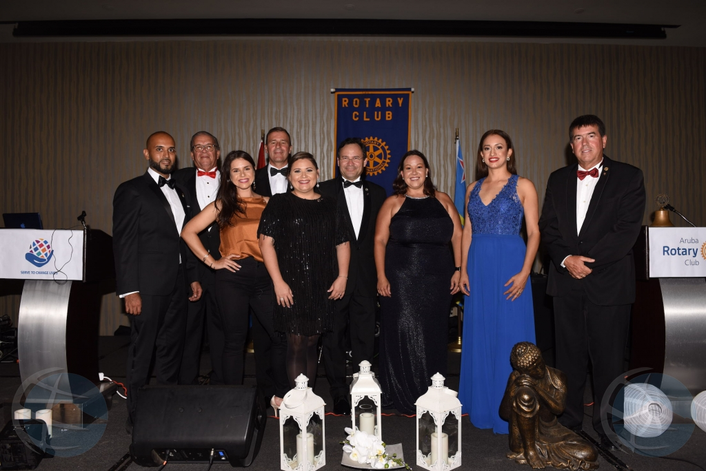 Rotary Club Aruba a instala su directiva nobo pa 2021-2022