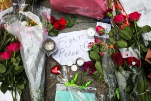 Prensa internacional conmovi cu morto di Peter R. de Vries