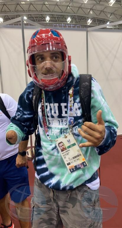 Elliott Loonstra ta topa atleta di Marruecos den Weganan Paralimpico diasabra
