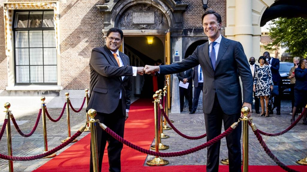 Rutte: Bishita di presidente Surnameño Santokhi na Hulanda ta historico