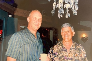 John Every a bay sosega: Un Arubiano cu a comberti petroleo den carbon