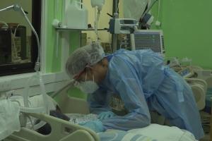 Aumento explosivo di casonan di contagio di Covid19 na Surnam