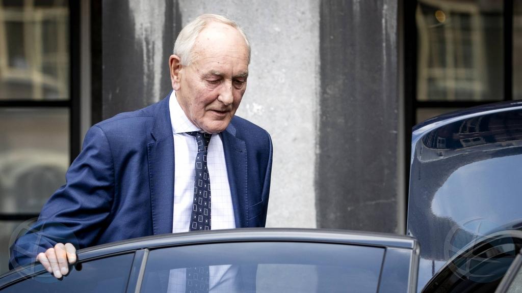 Formador Remkes kier explora formacion di gobierno e weekend aki cu partidonan VVD, CDA y D66
