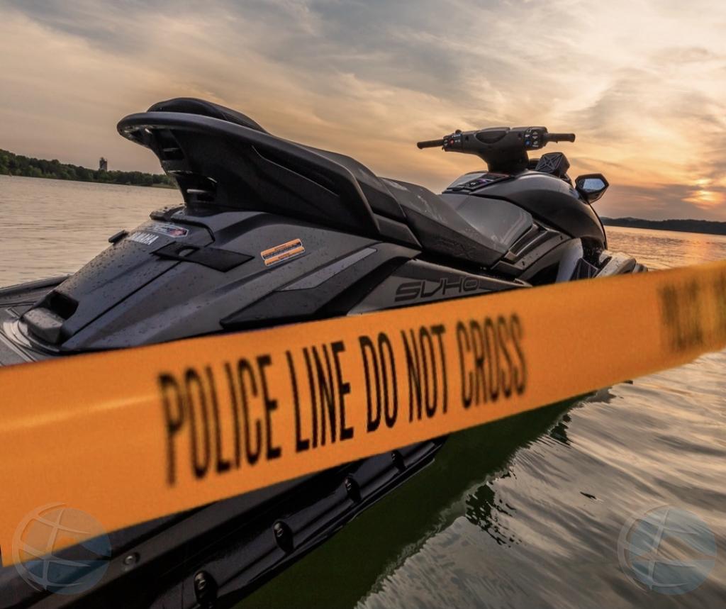 Despues di persecusion, polis a gara ladron di waverunner te na Zeewijk