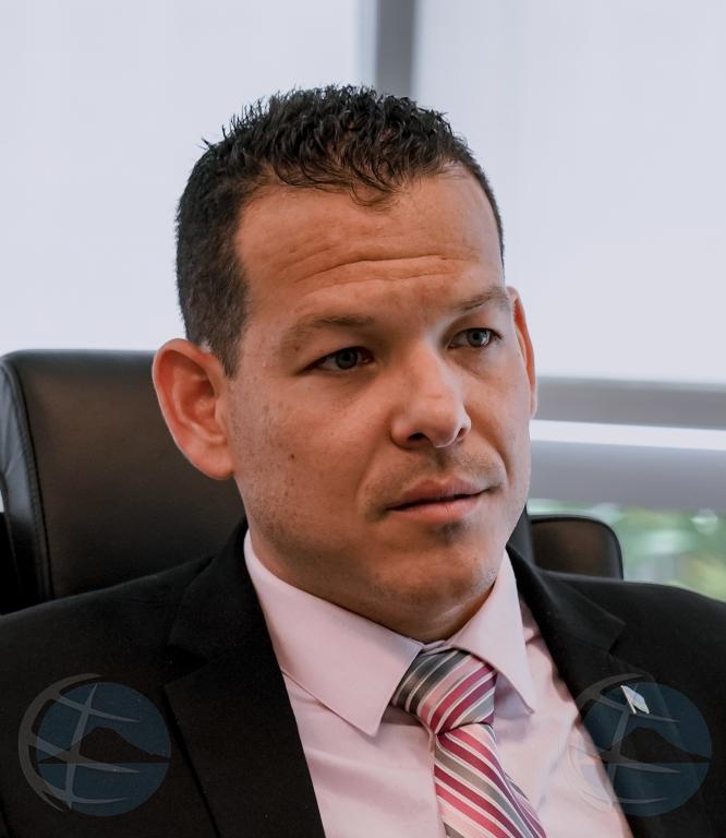 Investigacion ta continua riba caso di DJ cu a 'cai di piso' y muri